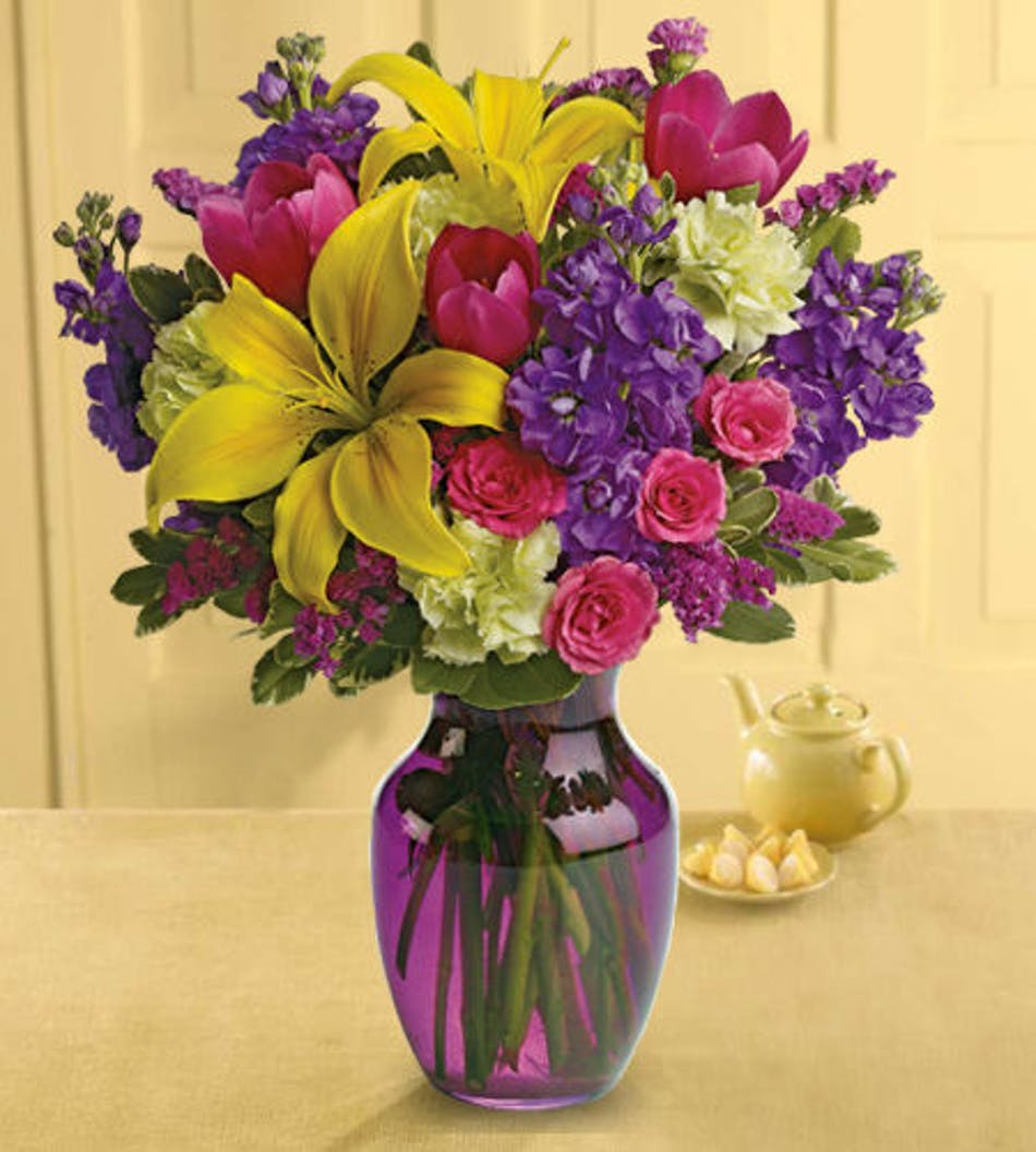 Sweet Spring Vase Bright Spring Flowers By Marco Island Florist