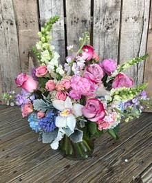 Marco island florist marco island naples flower delivery gifts glass vase of flowers in shades of purple white and blue mightylinksfo