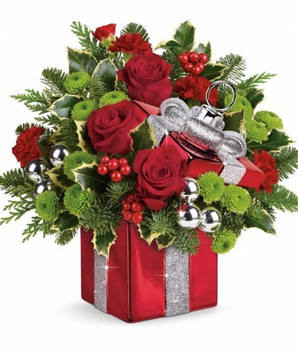 Gift Wrapped Bouquet | Naples Holiday Flowers